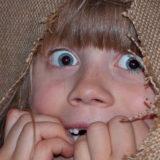 Wystraszone dziecko