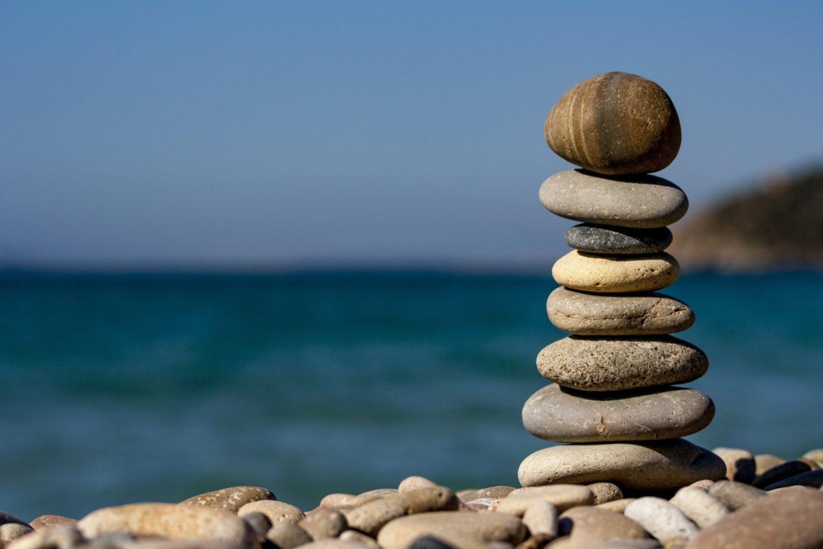 balance-macro-ocean-pebbles-235990-1200x800.jpg
