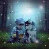 czytanie dzieciom baśni - chłopiec z psem